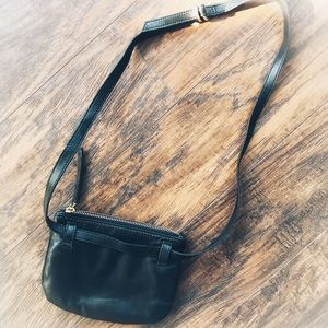 ❤️Free People Small Leather Crossbody, Black
